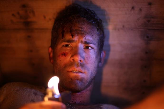 Ryan Reynolds (Paul Conroy)