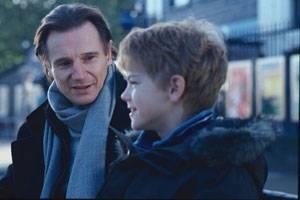 Liam Neeson (Daniel) en Thomas Sangster (Sam)