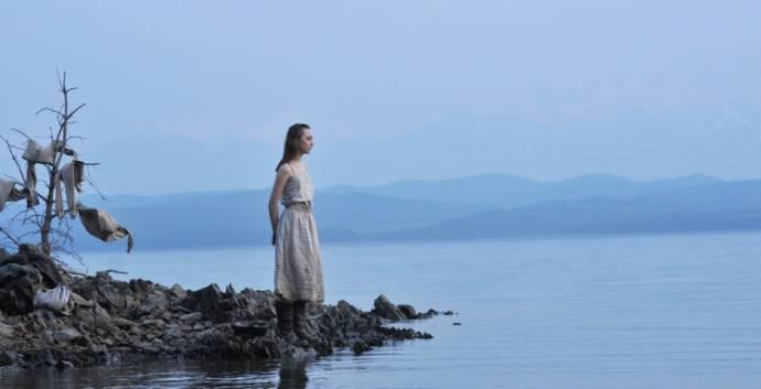 Saoirse Ronan (Irena)