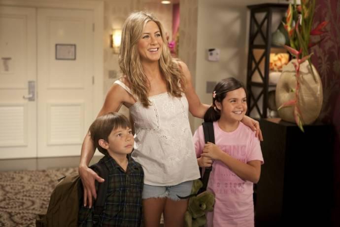 Jennifer Aniston (Katherine), Griffin Gluck (Michael) en Bailee Madison (Maggie)