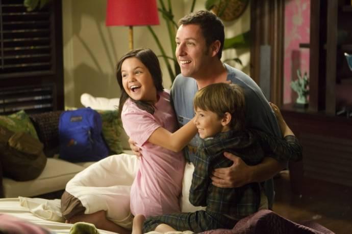 Griffin Gluck (Michael), Bailee Madison (Maggie) en Adam Sandler (Danny)