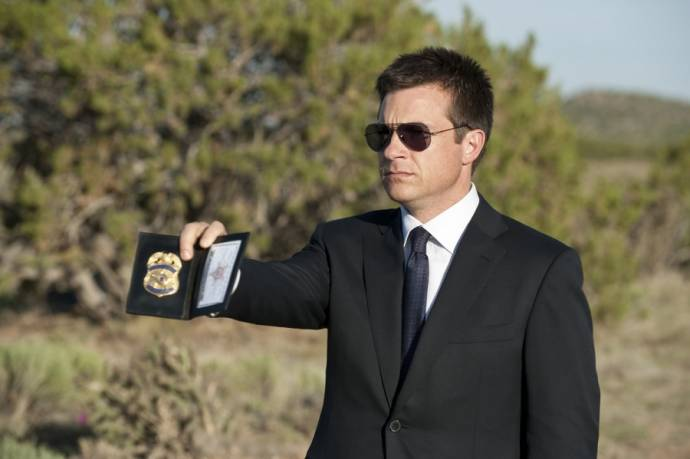 Jason Bateman (Special Agent Lorenzo Zoil)