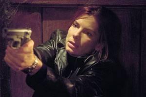Sandra Bullock (Cassie Mayweather/Jessica Marie Hudson)
