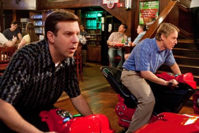 Jason Sudeikis (Fred) en Owen Wilson