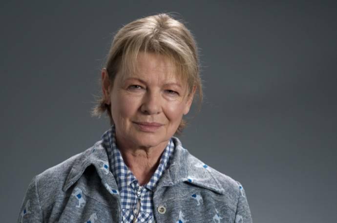 Dianne Wiest (Nat)