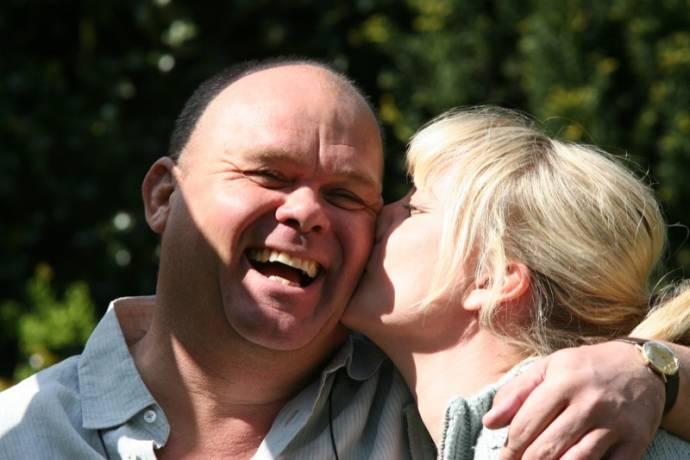 Paul de Leeuw (Maarten) en Karina Smulders (Molly)