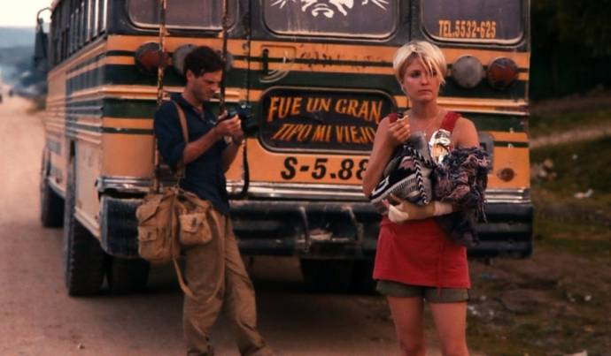 Scoot McNairy (Andrew Kaulder) en Whitney Able (Samantha Wynden)