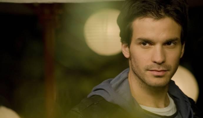 Santiago Cabrera (Andrés)