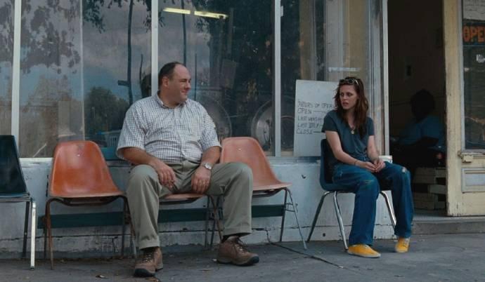 James Gandolfini (Doug Riley) en Kristen Stewart (Mallory)