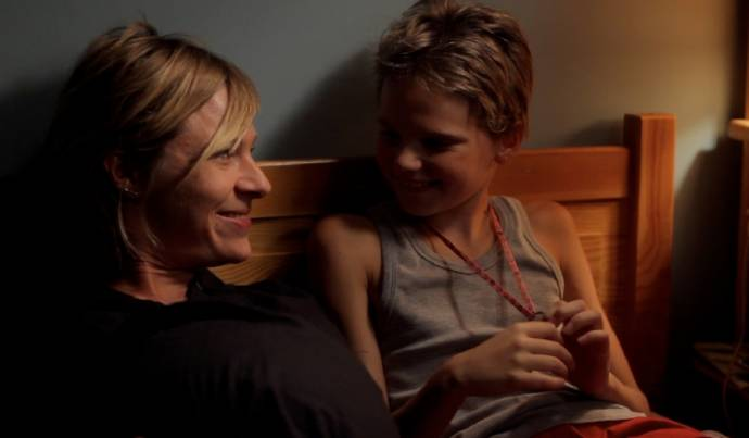 Sophie Cattani (Mother) en Zoé Héran (Laure / Mikaël)