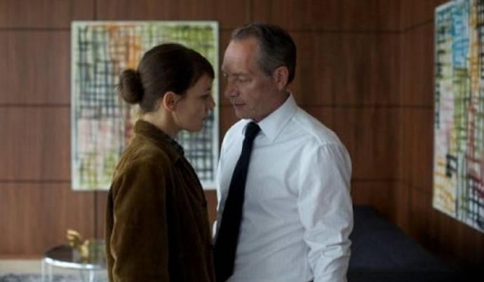 Nicolette Krebitz (Svenja Steve) en Robert Hunger-Bühler (Roland Cordes)