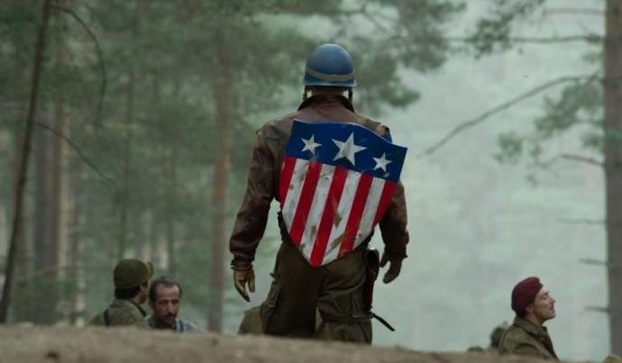 Chris Evans (Steve Rogers / Captain America)