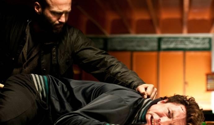 Jason Statham (Detective Sergeant Tom Brant) en Aidan Gillen (Barry Weiss / The Blitz)
