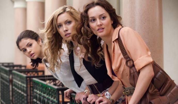 Selena Gomez (Grace), Katie Cassidy (Emma) en Leighton Meester (Meg)