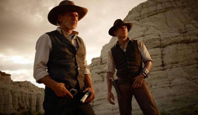 Harrison Ford (Col. Woodrow Dolarhyde) en Daniel Craig (Jake Lonergan)