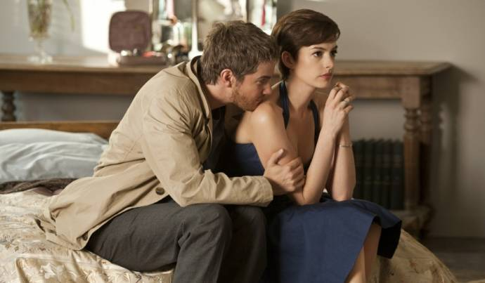 Jim Sturgess (Dexter Mayhew) en Anne Hathaway (Emma Morley)