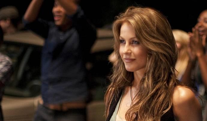 Julianne Hough (Ariel Moore)