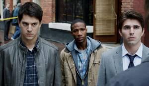 Nicholas D'Agosto (Sam Lawton), Arlen Escarpeta en Miles Fisher (Peter)