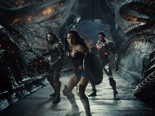 Jason Momoa, Gal Gadot en Ray Fisher in Zack Snyder's Justice League