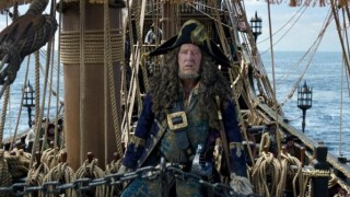 Geoffrey Rush in Pirates of the Caribbean: Salazar's Revenge