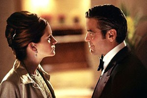 George Clooney en Julia Roberts in Ocean's Eleven