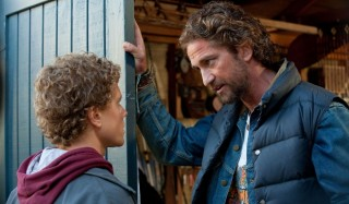 Jonny Weston en Gerard Butler in Chasing Mavericks