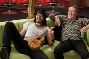 Get Him to the Greek: Russell Brand (Aldous Snow) en Colm Meaney (Jonathan Snow)