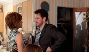 Girl Most Likely: Annette Bening (Zelda) en Matt Dillon