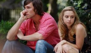 Happythankyoumoreplease: Pablo Schreiber (Charlie) en Zoe Kazan (Mary Catherine)