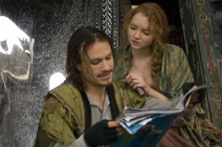 Lily Cole en Heath Ledger in The Imaginarium of Doctor Parnassus