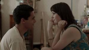 Hello I Must Be Going: Christopher Abbott (Jeremy) en Melanie Lynskey (Amy)