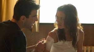 Hitman: Agent 47: Zachary Quinto (John Smith) en Hannah Ware (Katia van Dees)
