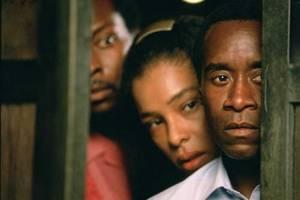 Sophie Okonedo en Don Cheadle
