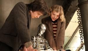 Hugo: Asa Butterfield (Hugo Cabret) en Chloë Grace Moretz (Isabelle)