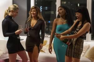 Lili Reinhart (Annabelle), Jennifer Lopez (Ramona), Keke Palmer (Mercedes) en Constance Wu (Destiny)