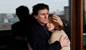 I, Anna: Gabriel Byrne (D.C.I. Bernie Reid) en Charlotte Rampling (Anna Welles)