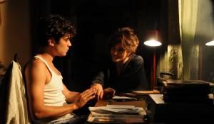 Riccardo Scamarcio (Nicola) en Laura Morante (Maddalena)
