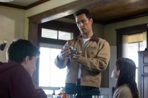 Matthew McConaughey (Cooper) en Anne Hathaway