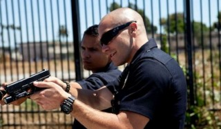 Jake Gyllenhaal en Michael Peña in End of Watch