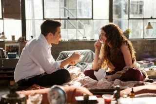 Jake Gyllenhaal en Anne Hathaway in Love and Other Drugs
