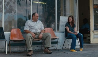 James Gandolfini en Kristen Stewart in Welcome to the Rileys