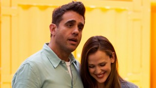 Bobby Cannavale en Jennifer Garner in Danny Collins