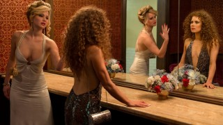 Jennifer Lawrence en Amy Adams in American Hustle