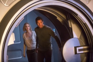 Jennifer Lawrence en Chris Pratt in Passengers
