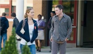 Jennifer Lawrence en Anton Yelchin in The Beaver