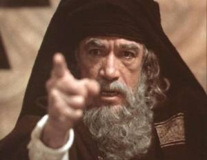 Jesus of Nazareth: Anthony Quinn (Caiaphas)