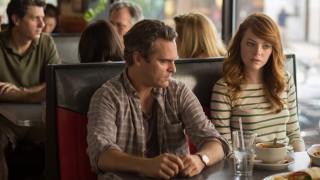 Joaquin Phoenix en Emma Stone in Irrational Man