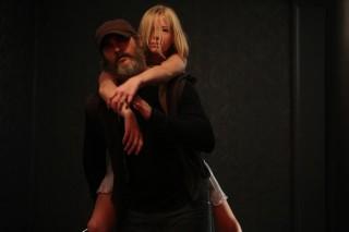 Joaquin Phoenix en Ekaterina Samsonov in You Were Never Really Here