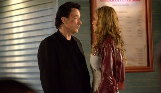 John Cusack en Rebecca Da Costa in The Bag Man