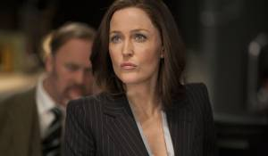 Johnny English Reborn: Gillian Anderson (MI7 Agent Pamela Head)